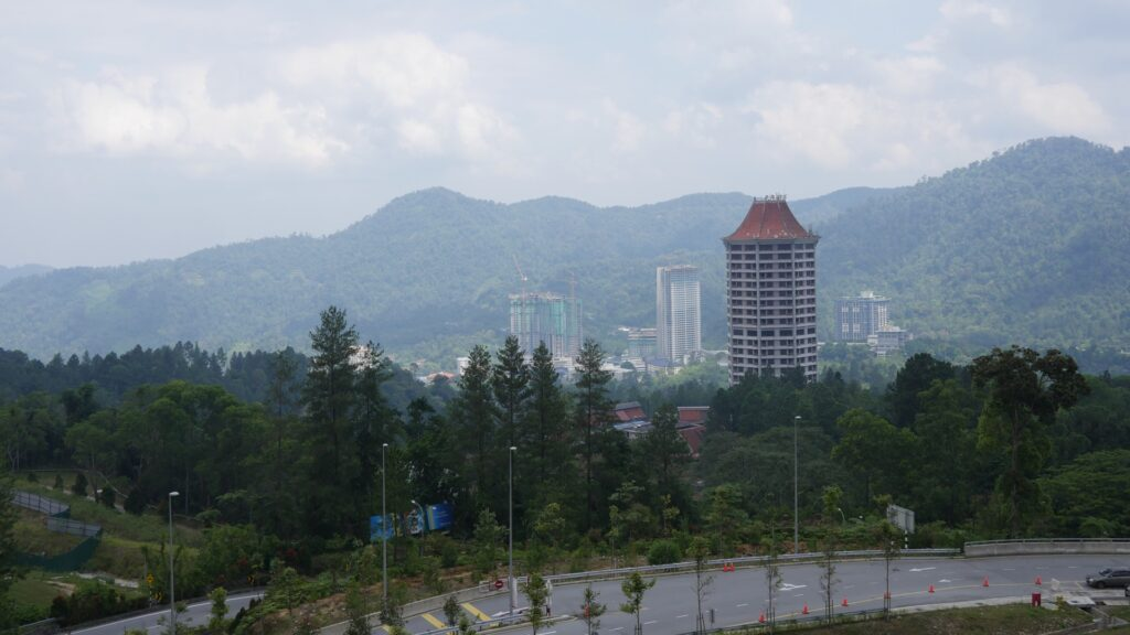 The breathtaking view of the mountains around the Genting Premium Outlet